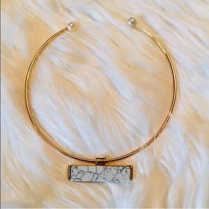 Jewelry - ✨🌟✨Gold Wire Choker Rectangle Marble